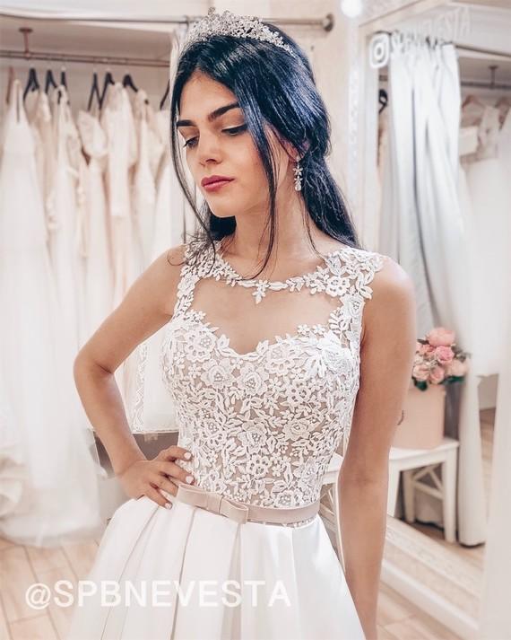 Свадебное платье Лаура-атлас