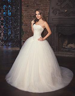 Ночью фото невест где грудь торчит из платья порно подборки красивую